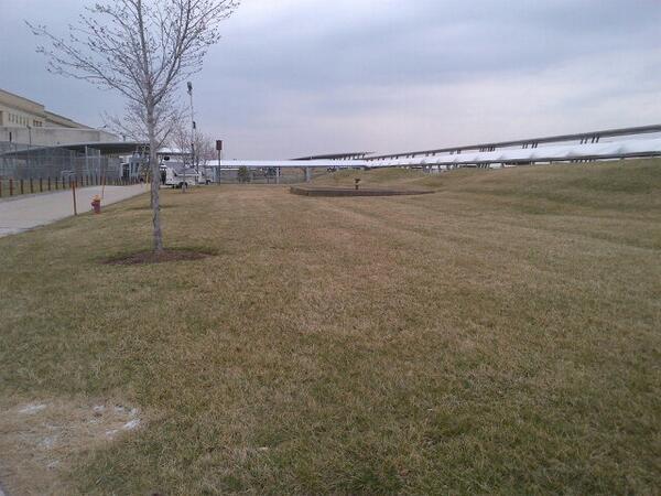 Jardin du pentagone 1130 am http://t.co/gelKYhQr8W