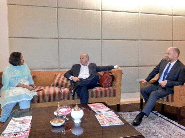 A mon arrivée à New Delhi #Inde j'ai été accueilli par Ruchi Ghanashyam cc @FranceinIndia ht..