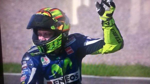 Un affreux doute à la fin de cette course moto gp. Marquez a-t-il tout tenté? Rossi battu mais att..