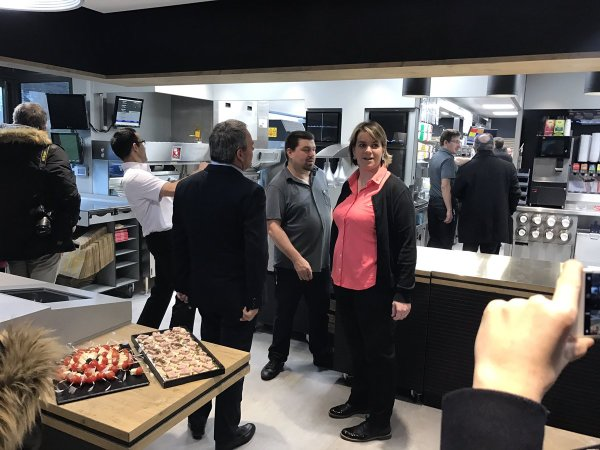 Inauguration du restaurant @McDonalds à Amiens : 62 #emplois créés dans un territoire qui a de l&r..