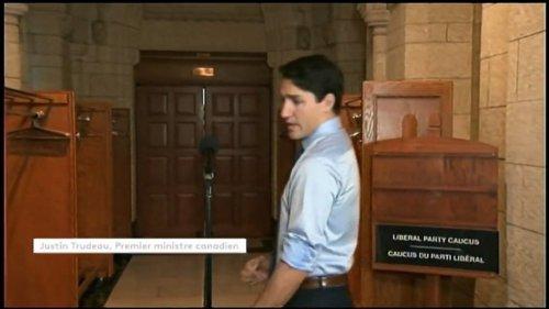 En larmes, Justin Trudeau rend hommage à un chanteur emblématique canadien